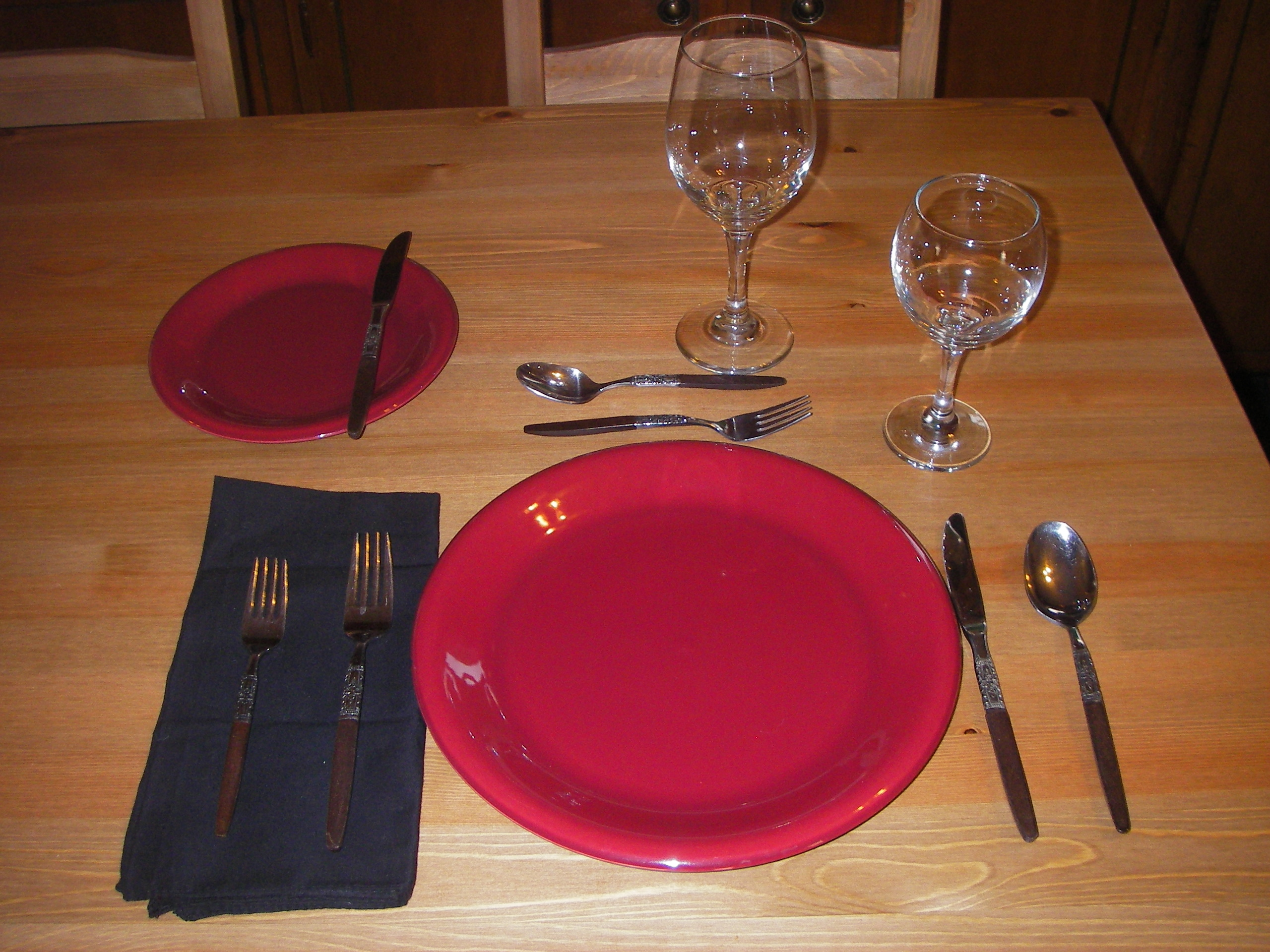 Main Course Formal Table Setting