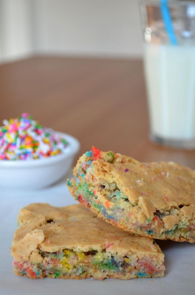 Birthday Cake Brownies | Sophster-Toaster