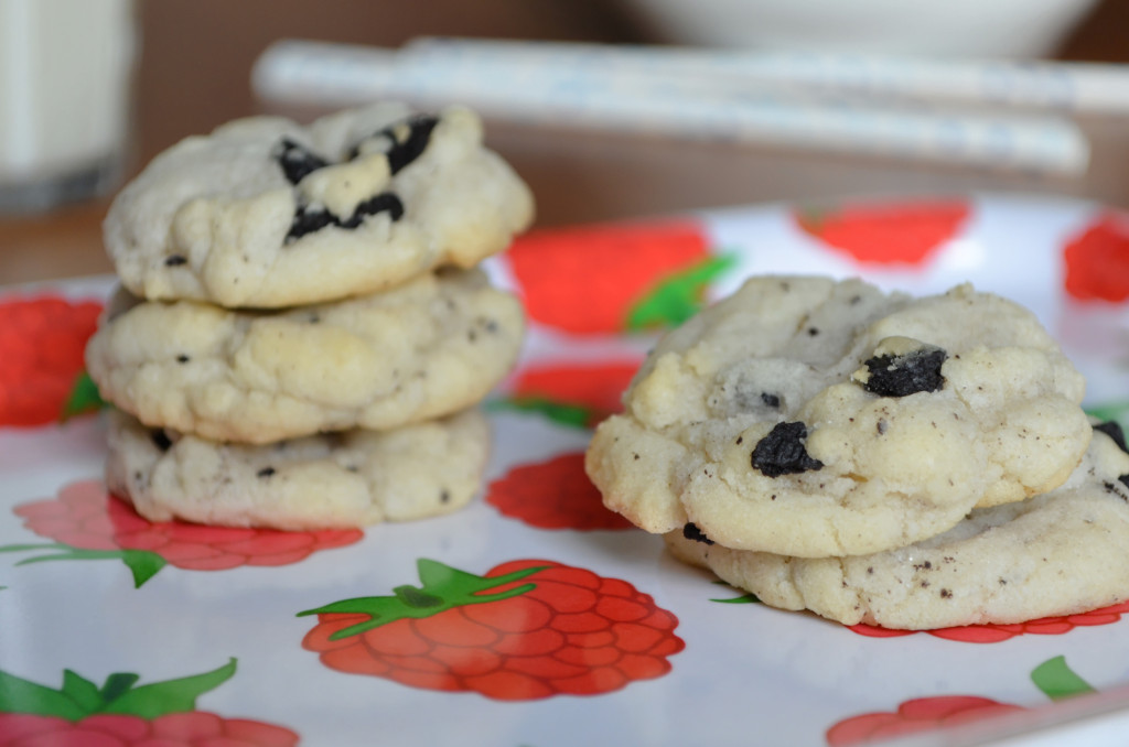Cookies and Cream Cookies \\ Sophster-Toaster Blog
