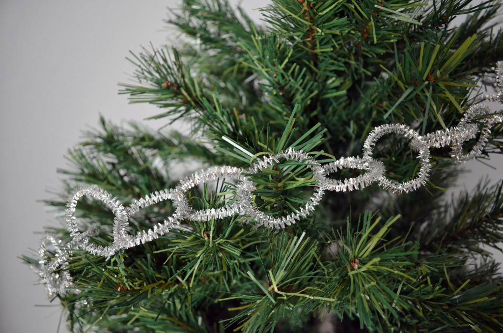 Christmas Garland Giveaway \\ Sophster-Toaster Blog