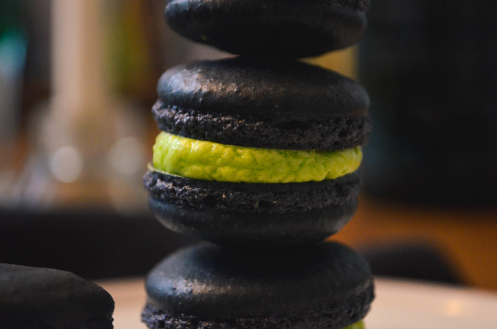 Absinthe Macarons   Sophster-Toaster