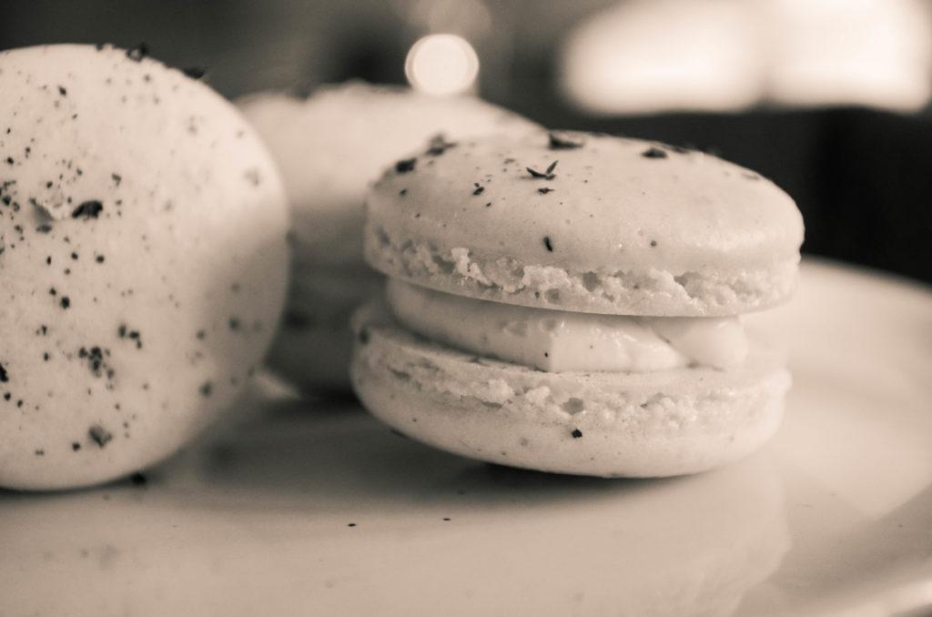 Vanilla & Peppercorn Macarons | Sophster-Toaster